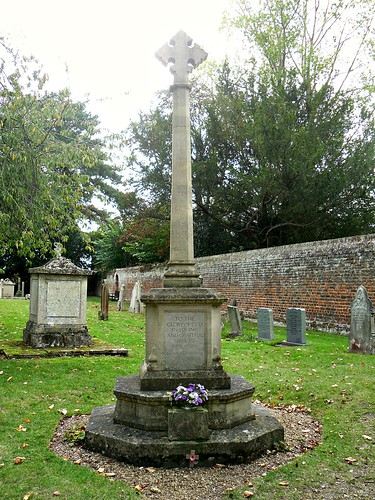 War Memorial, Grantchester.