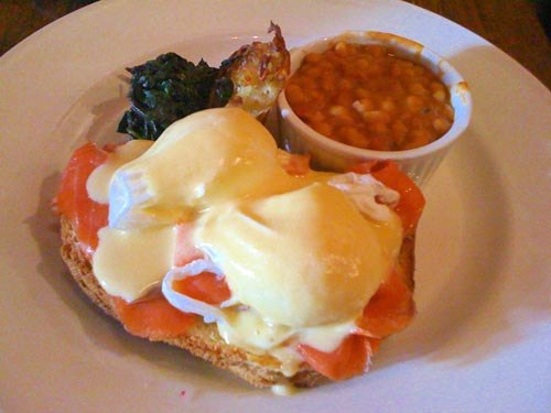 Eggs Benny with Smoked Salmon