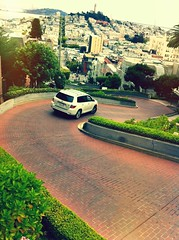 Lombard Street - San Francisco, California (Brian DeFrees) Tags: california lombardstreetsanfrancisco