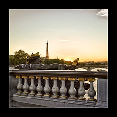 Alexandre III sur fond de Tour Eiffel (Zed The Dragon) Tags: city morning bridge light sunset sky 3 paris building skyline night skyscraper reflections de french landscape lights iso200 europe long exposure flickr cityscape view shot minolta sony iii 28mm capital eiffel images best musee fave most ciel getty pont sur faves 100 alpha f56 nuage alexandre nuit pyramide mange reflets hdr sal lelouvre fond zed gettyimages francais alexandreiii parisien favoris poselongue 0sec a850 hpexif minolta28mmf2 concordians 100comment dslra850 alpha850 zedthedragon 100coms