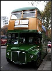 Harrods RM1979  Embankment 05/11/11. (Ledlon89) Tags: bus london buses transport sightseeing harrods routemaster embankment lt parkroyal londonbus aec vintagebus
