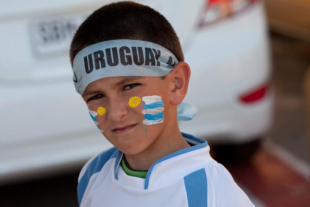 Uruguay 4 - Chile 0 | 111111-3386-jikatu by jikatu, on Flickr