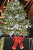 Christmas Tree at Tokyo tower (Zengame) Tags: christmas tokyo christmastree tokyotower 東京 shiba v1 クリスマス 東京タワー クリスマスツリー 芝