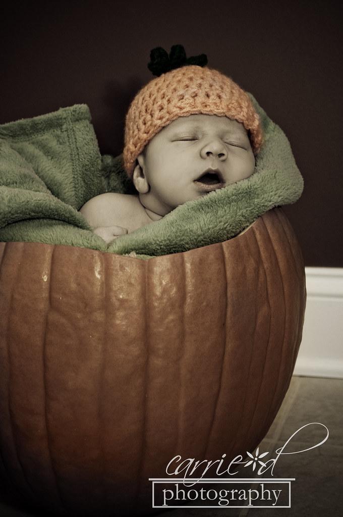 Andrew Muller Newborn 11-10-11 172BLOG