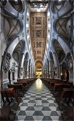 Italy : Naples : Saint Januarius Cathedral (a.Kry) Tags: italy building church lens italia o religion chapel countries 7d naples christianity canondslr canoneos      samyang    akry  religionbuilding falcon8mm samyang8mmf35fisheye bower8mm rokinon8mm prooptic8mm akryphotoart christianbulding canoneof7d polar8mm saintjanuariuscathedral