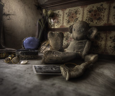 I once loved  : (andre govia.) Tags: old house abandoned toy toys eyes andre creepy explore button govia