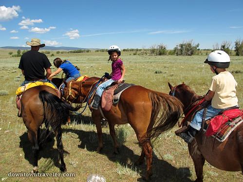 horseback riding at vee bar ranch_11