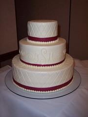 Wedding1 (FantasyCakesRoundRock) Tags: monogram cream creme butter ribbon edible buttercream diamondpattern 3tiers