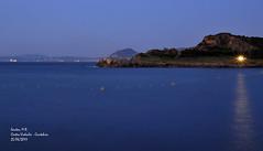 La luz del acantilado (Santos M. R.) Tags: blue light sea españa costa luz azul mar castro reflejo acantilado cantabria castrourdiales tranquilidad cantábrico urdiales sosiego