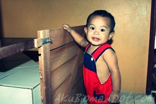 Baby Aslah beri pos di pagar keselamatan kanak-kanak