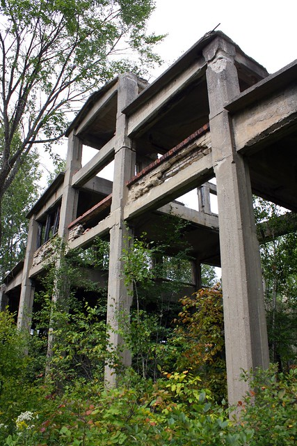 The shell of this first building is several stories high, but there is no way up to be found.