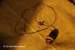 Ciondolo con ghianda di feltro (OltreversoLab) Tags: acorn feltro spilla ciondolo ghiande aiguillettage ciondoloconghiandadifeltro spillaconghiandadifeltro spillafeltedwhool agugliatura