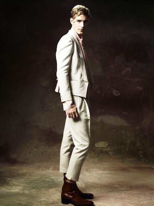 Jesper Larsson0168_GalaabenD SS12 Lookbook(Fashion Press)
