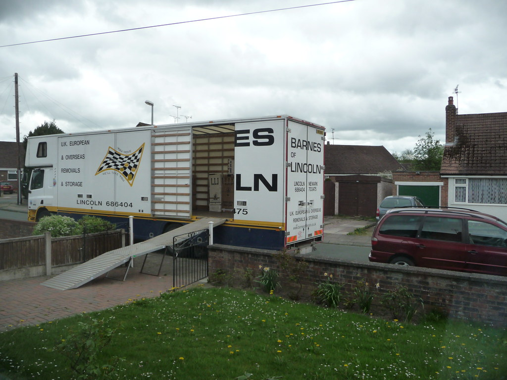 DAF - Barnes of Lincoln Removals - R15BAR