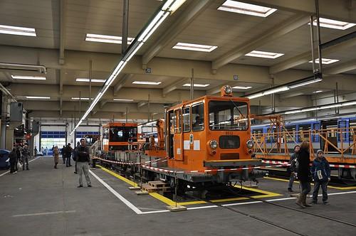 Nicht nur U-Bahn: Auch Baustellenfahrzeuge finden sich im Betriebshof Nord