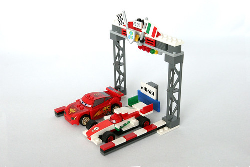 8423 World Grand Prix Racing Rivalry 1