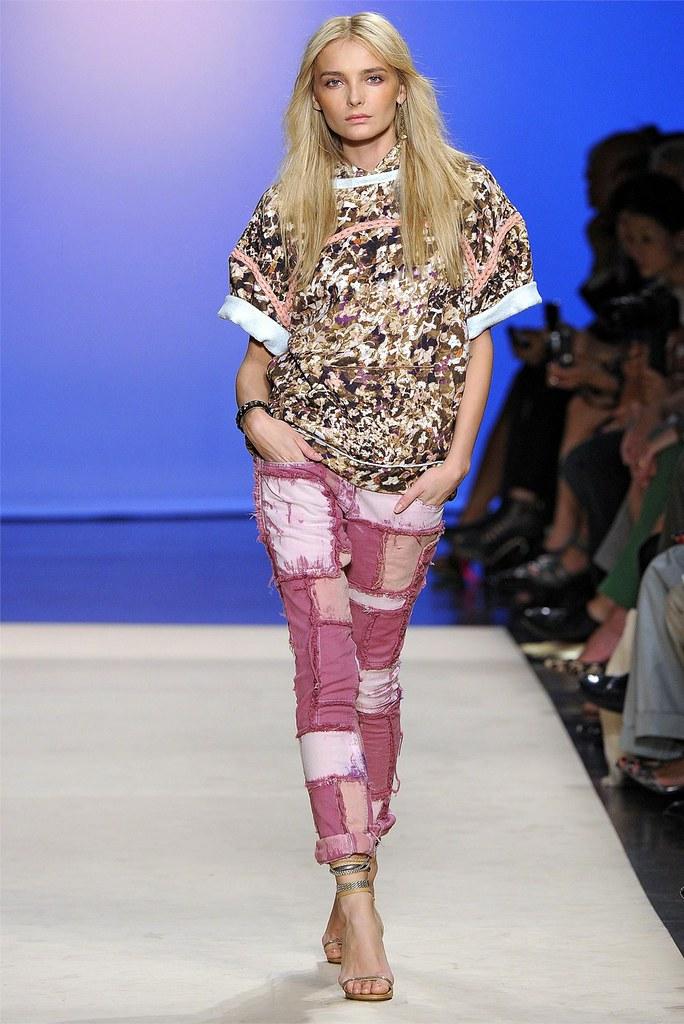 4873c4102bc SS12 DIY trend - Isabel Marant fabric yarn knitwear | - Trashion ...