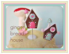 cattywampus gingerbread house pin toppers (Pinks & Needles (used to be Gigi & Big Red)) Tags: sculpture holiday sculpted 2011 etys gigiminor pinksandneedles pintoppers pintopper