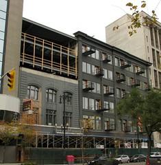 Avenue Building