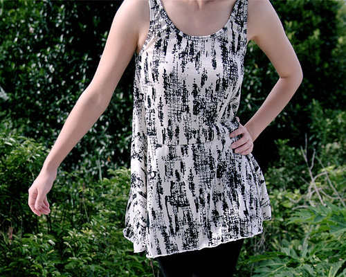 30_Ink Printed Sleeveless Flare Top