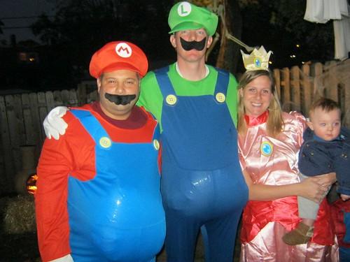 Costumes. u2013 Mario Luigi ...  sc 1 st  DIY Del Ray & Halloween Party DIY Style   DIY Del Ray