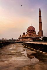 Putrajaya 2011 (ikhwanizam) Tags: mosque putrajaya masjid putrajayamosque izam masjidputrajaya ikhwan ikhwanizam