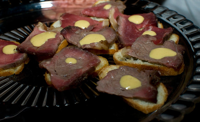 Bisonte - Sliced California Bison entrecote with peppercorn sauce