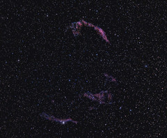 And yet another Veil... (BudgetAstro) Tags: nikond70 astrophotography astronomy dss 55200mmf456g veilnebula ngc6960 ngc6992 ngc6995 ic1340 pickeringstriangle deepskystacker Astrometrydotnet:status=solved Astrometrydotnet:version=14400 Astrometrydotnet:id=alpha20111038974362