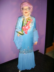 Dame Edna Everage (richiiebam) Tags: madame statue drag cross character australian dressing lancashire queen barry merlin figure entertainer aussie dame celeb blackpool edna tussauds panto fictional dames waxwork humphries everage