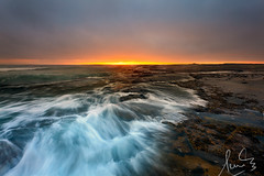 Coledale Waves Rush In (sachman75) Tags: seascape beach sunrise dawn coast waves coastal illawarra coledale canon1740mmf4 grandpacificdrive leefilters canon5dmarkii ndgrad3stops