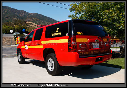 california geotagged unitedstates chief suv agourahills canoneos1dmkii geo:state=california camera:make=canon exif:make=canon exif:iso_speed=100 exif:focal_length=28mm lacofdb5 losangelescountyfiredepartmentlacofd exif:model=canoneos1dmarkii geo:countrys=unitedstates camera:model=canoneos1dmarkii exif:lens=2801350mm exif:aperture=ƒ35 geo:city=agourahills geo:lat=3414765716 geo:lon=11876920760 geo:lat=34147657166667 geo:lon=1187692076 fireservicedaylacofdfs8905192011 2009chevroletsuburban2500ls lacofdchief