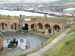 "Newhaven Fort • <a style=""font-size:0.8em;"" href=""http://www.flickr.com/photos/59278968@N07/6325419135/"" target=""_blank"">View on Flickr</a>"
