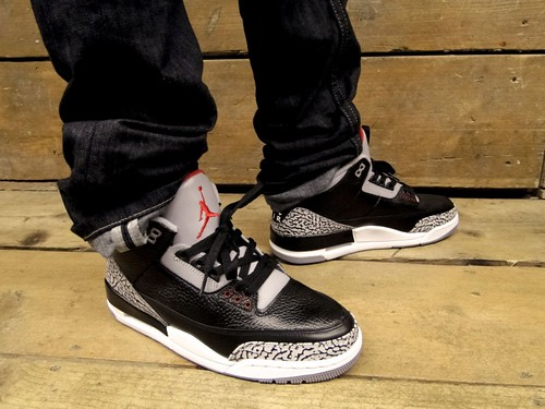 Jordan-III-Black-Cement-6-800x600