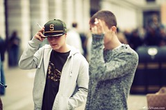 Notorious (Rick Nunn) Tags: street male london hat garden knit rick guys s shy covent hoody nunn canonef135mmf2l