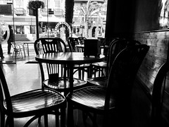 The Empty Tables (Fotomondeo) Tags: espaa valencia spain alicante iphone