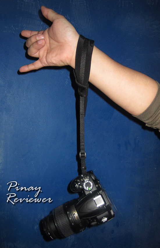 The Noose firmly and securely keeps your camera close to your wrist and it can handle our camera's weight