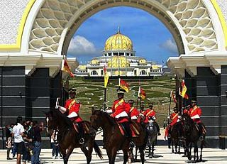 6347061490 54ec98c816 (Gambar) Istana Negara Baru | new istana negara malaysia