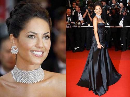 Barbara-Mori-alfombra-roja-Cannes