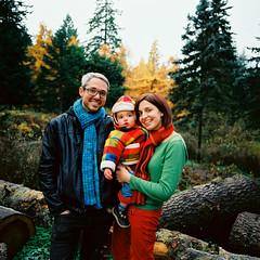 AR06950_AR06950-R1-E012 (Alicia J. Rose) Tags: familyportraits forestpark falltrees cutetoddler aliciajrose bigforest tinylumberjack