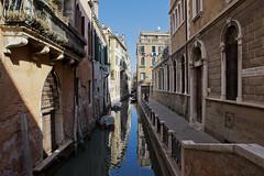 Venezia (Paolo.Riva.) Tags: venice canon boats 2470mml italia barche venezia gondole canonlens seriel 5dmarkii