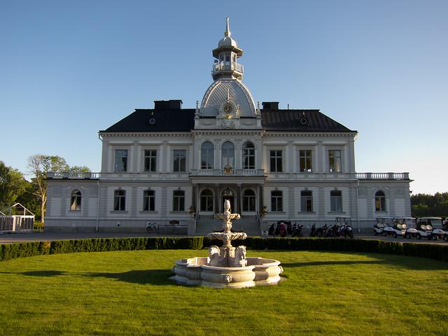Bro Hof slott