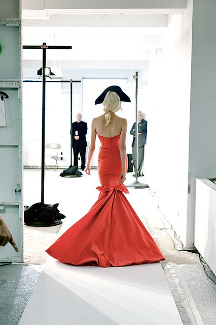 oscar de la renta red dress
