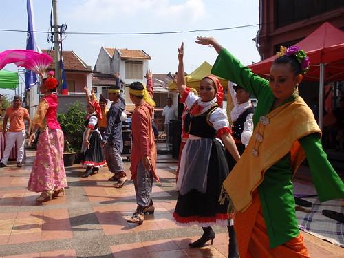 Melaka dancers