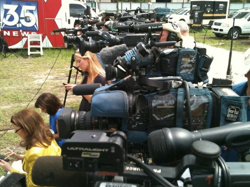 Casey Anthony Tripod Row