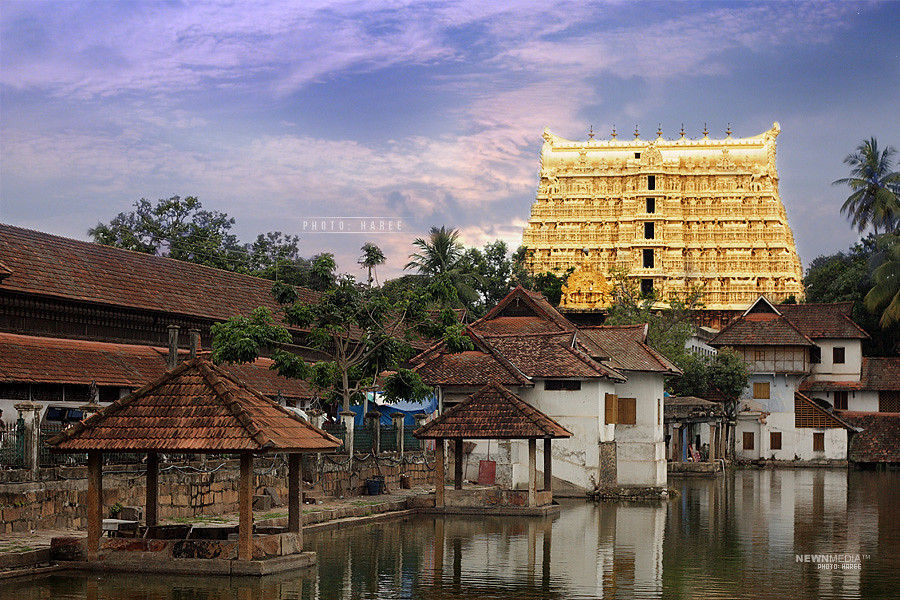 Sri PadmanabhaSwamy Temple - Photography by Haree for Nishchalam.