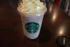 Strawberries & Cream. (alyucma) Tags: coffee starbucks frappacino lem0njelly