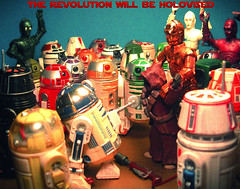 THE REVOLUTION WILL BE HOLOVISED (make little sharks.) Tags: toys actionfigure starwars r2d2 jawa c3po astromech protocol droids threepio artoo r2units
