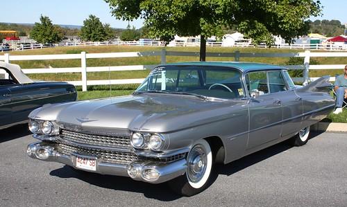 1959 Cadillac Series 6200 Fouor Window 4 door hardtop - a photo on