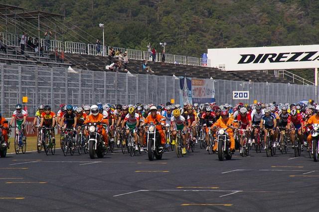 天満屋ハピータウンカップ2011 第20回サイクル耐久レース #5