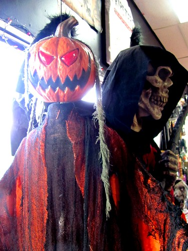 Ripsters Halloween & Party Shop: Lower Sackville, Nova Scotia